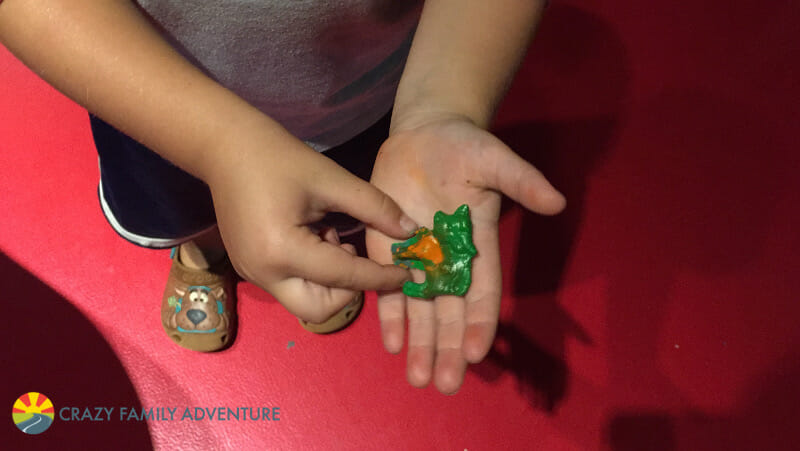 Things To Do At Mall of America With Kids - Crayola Experience