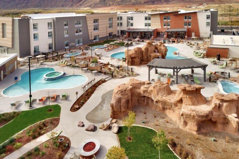 Moab Hotel Option