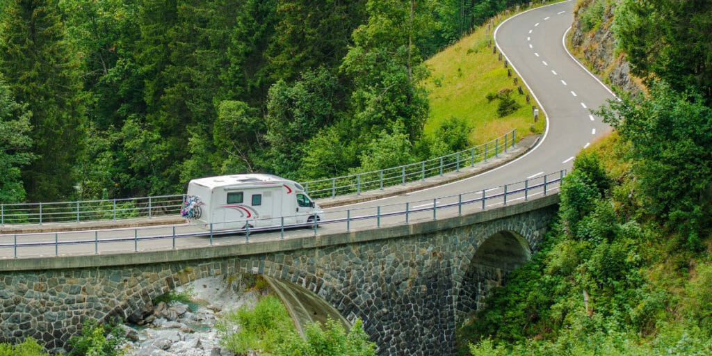 How To Make A Successful Income While Full Time RVing