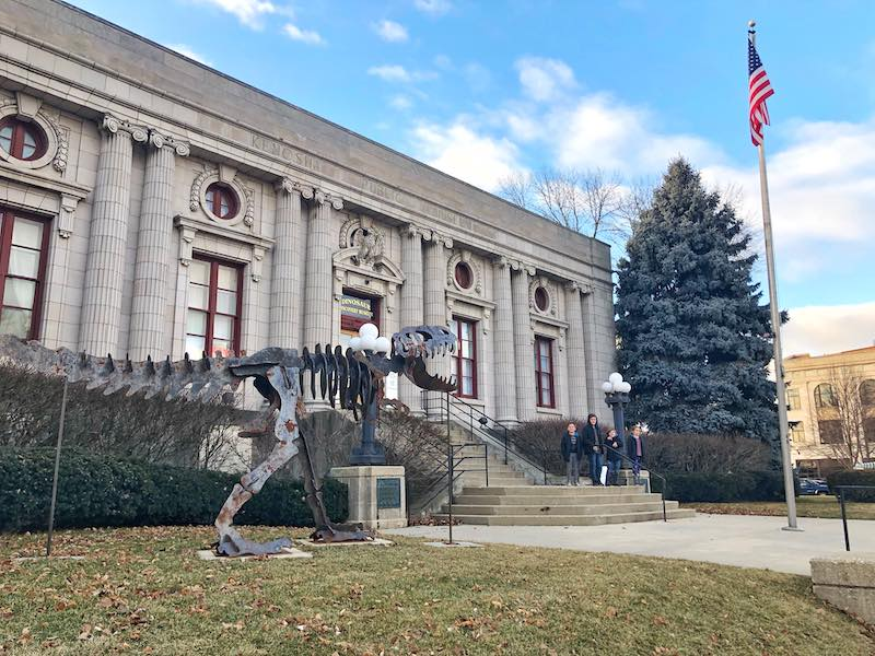 Things To Do In Kenosha - Dinosaur Discovery Museum