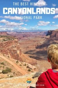 In this post we share the best hikes in Canyonlands National Park. We know you will enjoy Canyonlands beautiful and unique landscape on these awesome hikes!