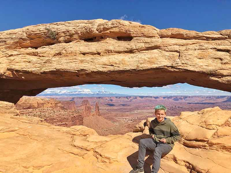 Best hikes in Canyonlands -Mesa Arch