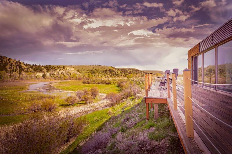 Airbnb Montana Container House