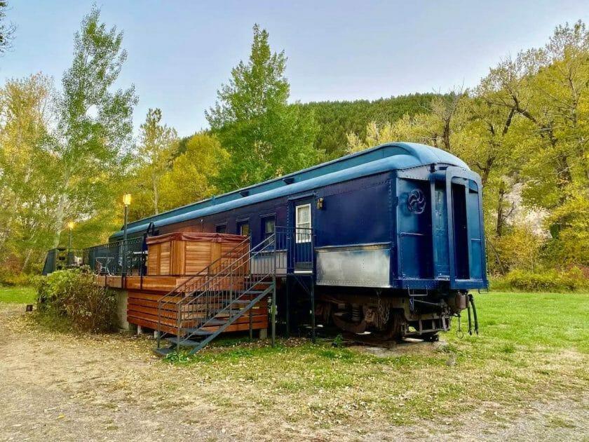Airbnb Montana Train Car and Hot Tub