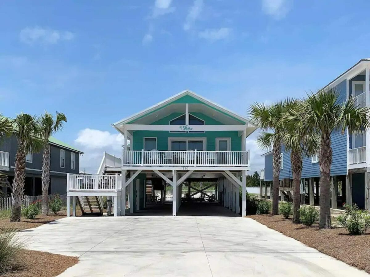 9 Best AirBnB Gulf Shores Vacation Rentals For Families