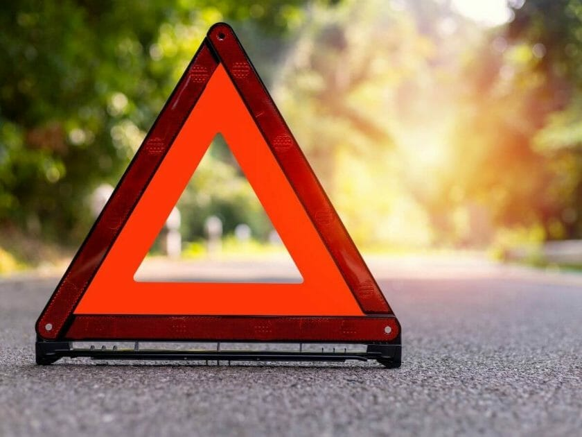 Safety triangle in the road