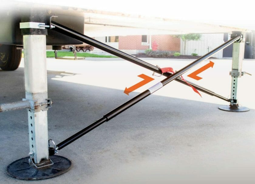 MORryde's X-Brace 5th Wheel Stabilizer easily attaches to the landing gear and provides excellent side to side stabilization