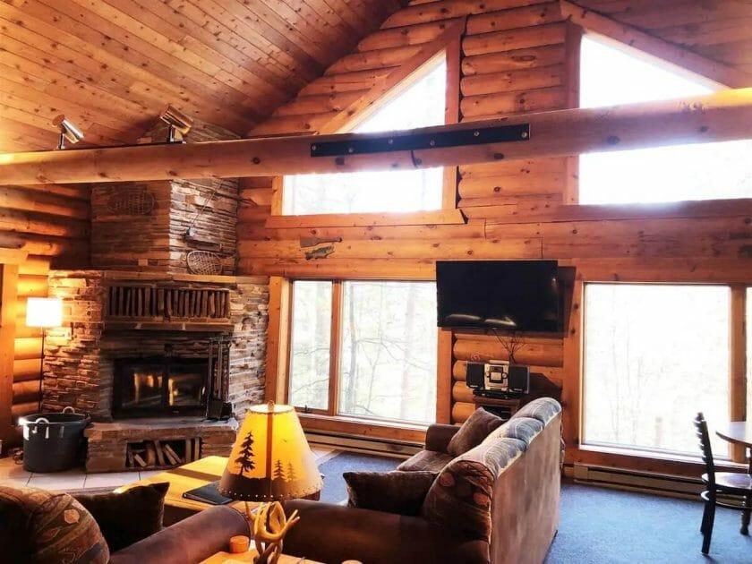 Peaceful Pines living room