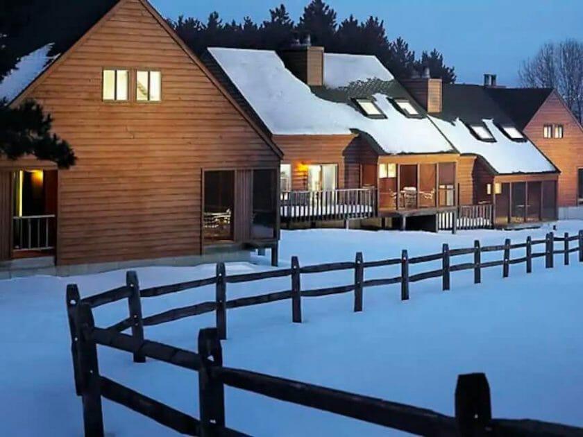 Mountain cabin in the Dells