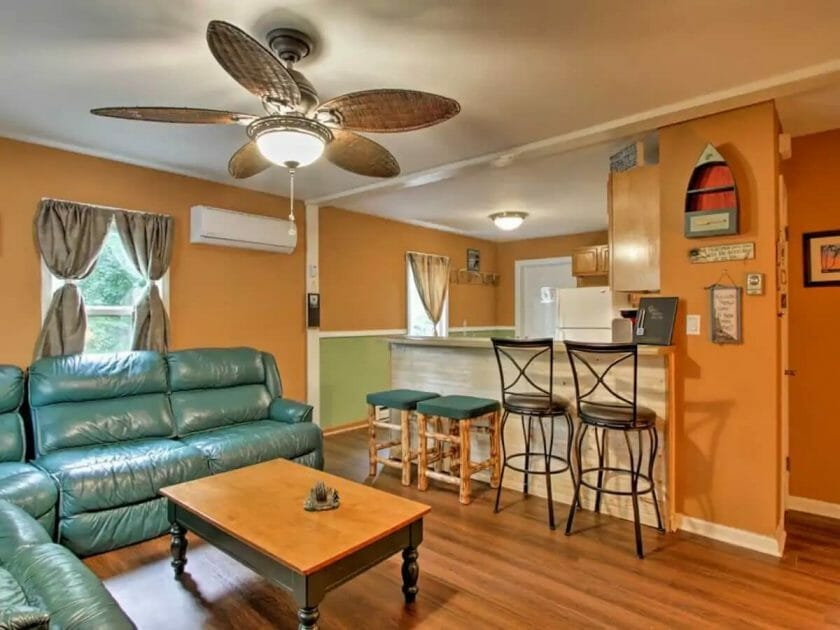 Airbnb Wisconsin Dells Pine View Cottage
