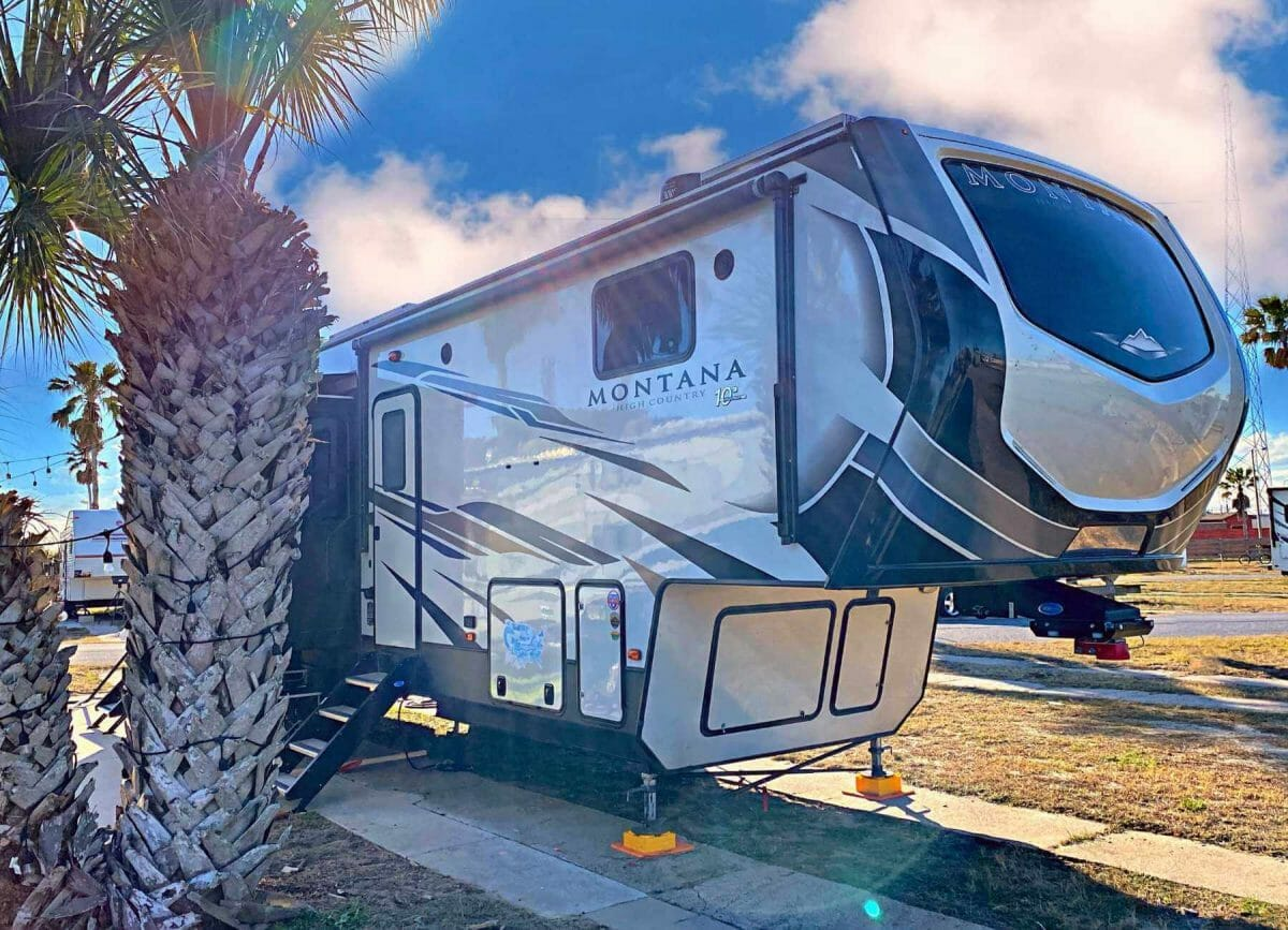 9 Outstanding RV Stabilizers For An Unshakeable Camping Experience