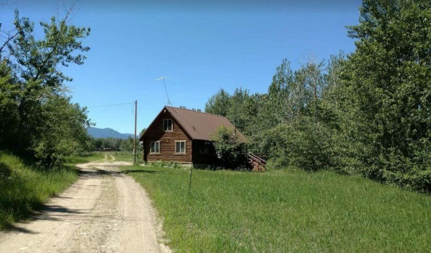 Kellys Rock Creek Cabin