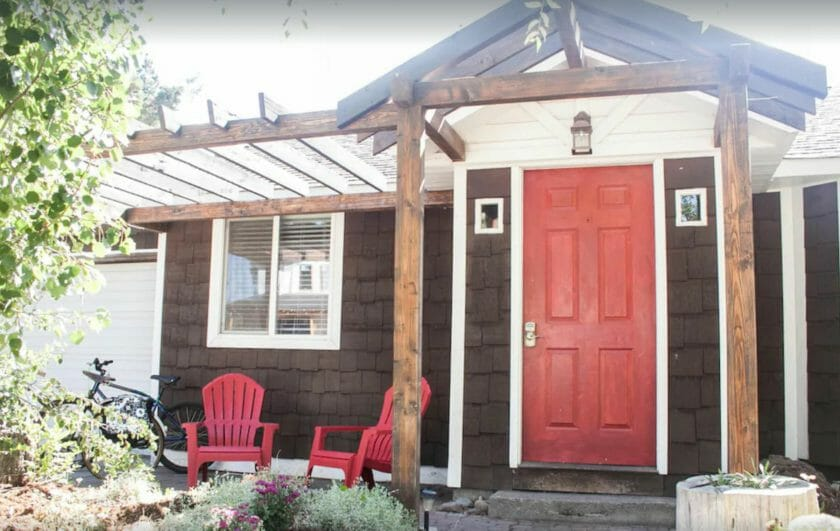 This is a picture of the Cinder Cone Cottage VRBO Bend Oregon