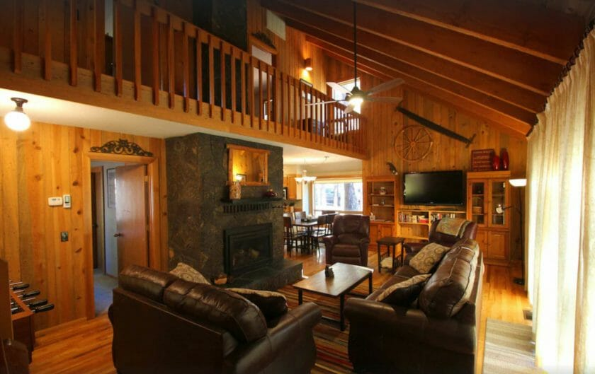 This is a picture of the Cabin in Sunriver from VRBO